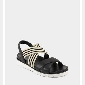 NIB Aerosoles Sandal Black/White/Cream Siz…